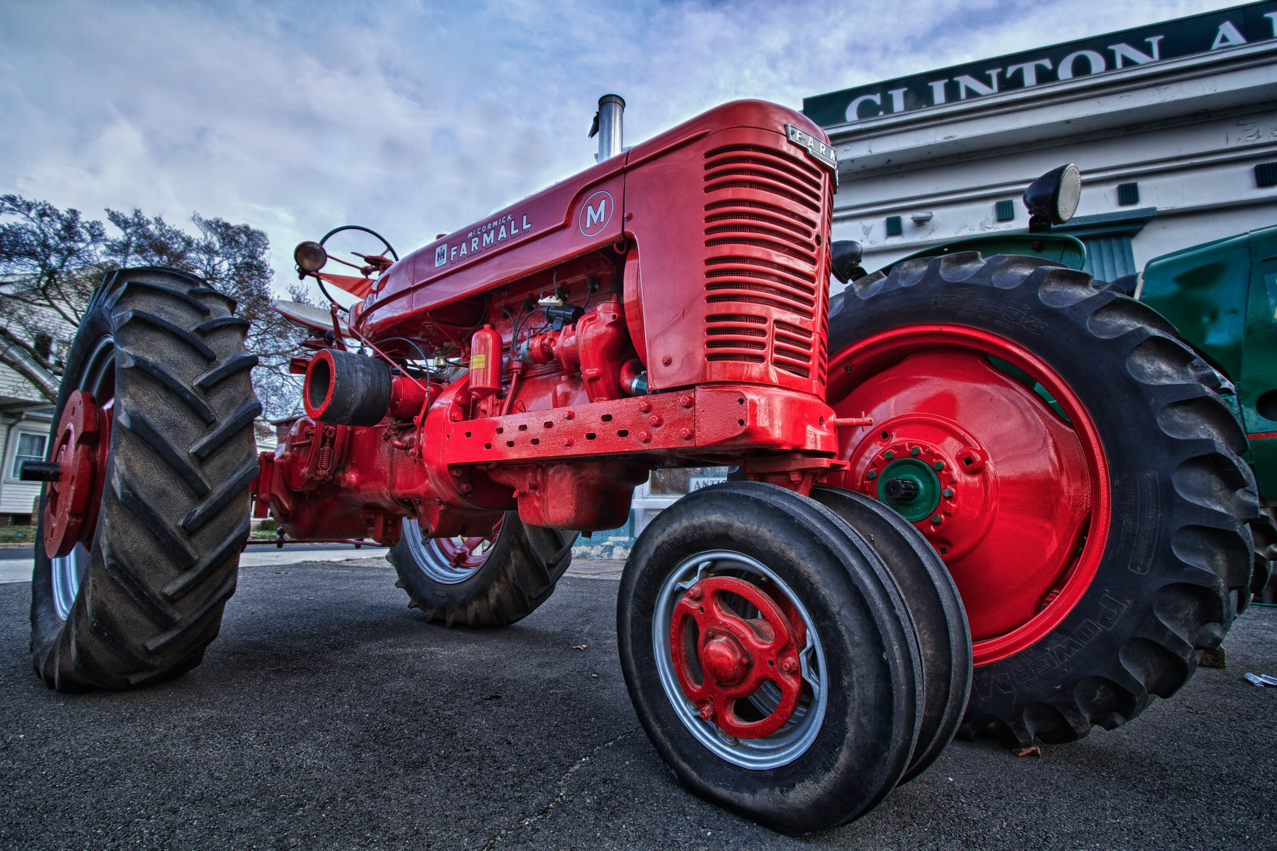 Vintage Farms Tractors For Sales : Tractor for sale snapshots sore eyes