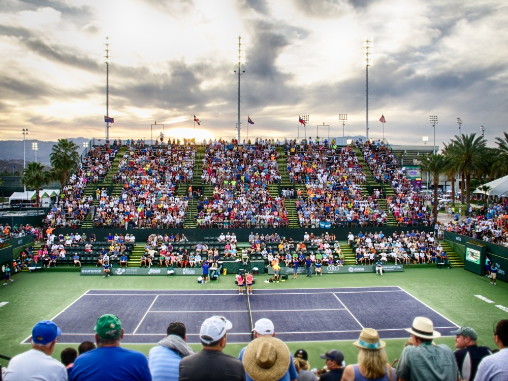 Tennis crowd