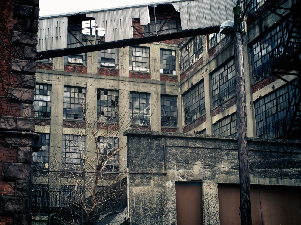 abandoned factory in Hartford