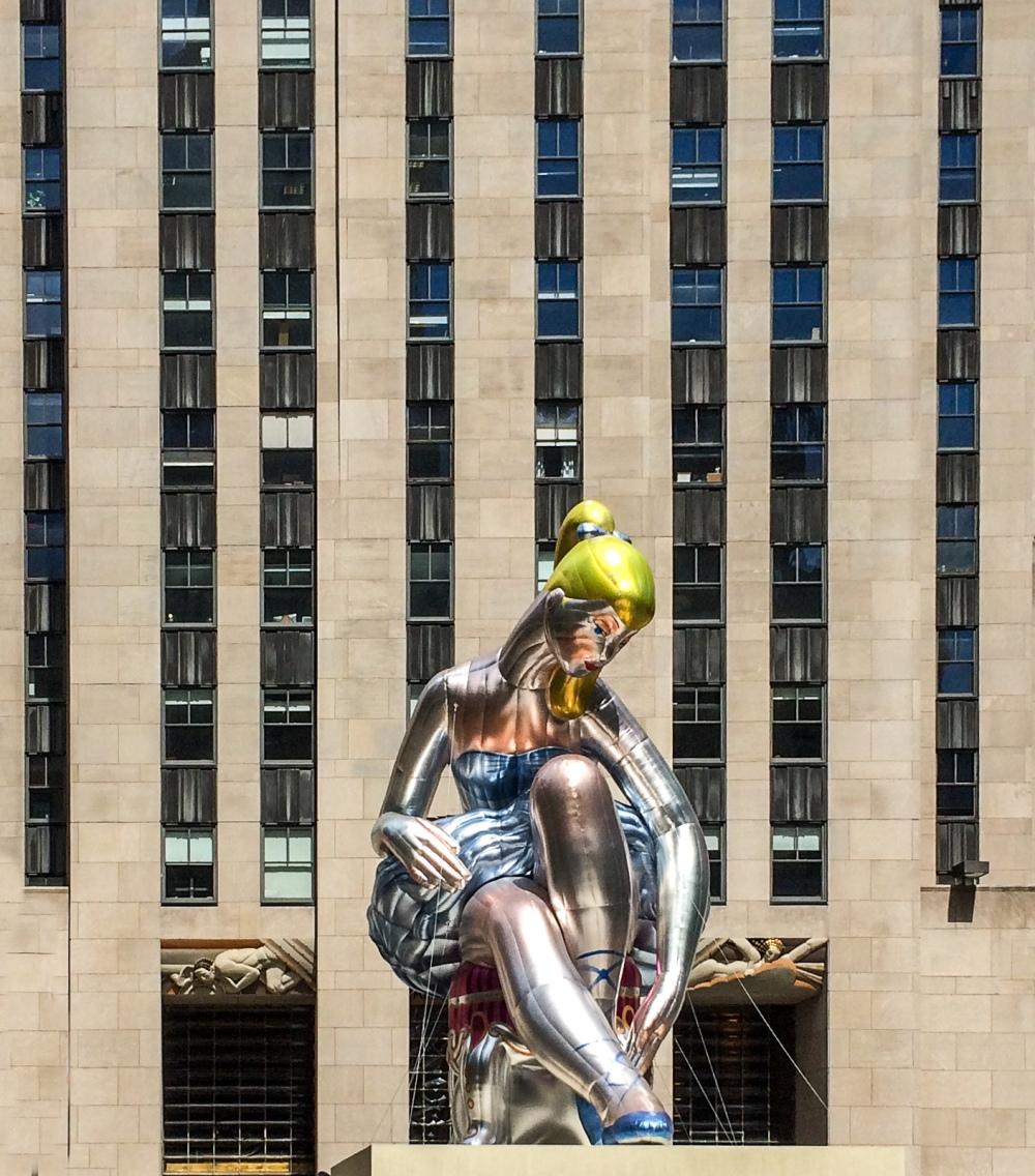sculpture at Rockefeller Center